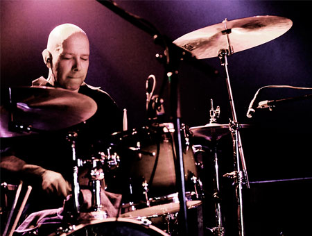 Achim Farber playing cymbals