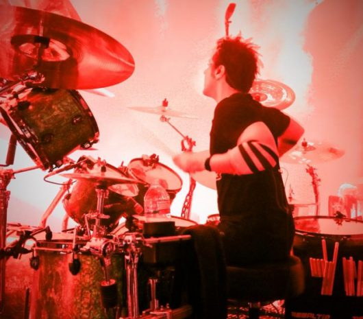 Glen Sobel playing cymbals
