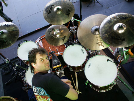 Guido Bertini playing cymbals