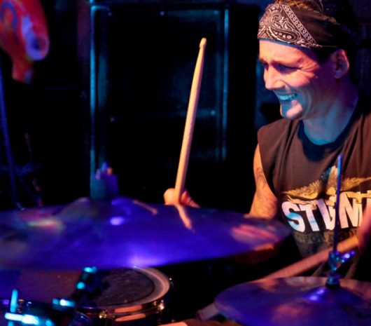 Laurens Kusters playing cymbals