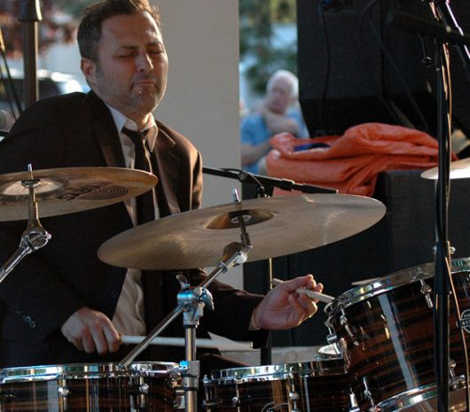 Roger Travassos playing cymbals